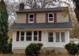 Foreclosed Home in Akron 44320 CRESTVIEW AVE - Property ID: 4422434713