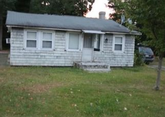 Foreclosed Home in Riverside 02915 WILLETT AVE - Property ID: 4422611656