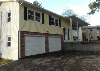 Foreclosed Home in Greenville 02828 APPLETOWN RD - Property ID: 4422616915