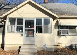 Foreclosed Home in Des Moines 50311 DRAKE PARK AVE - Property ID: 4422682602