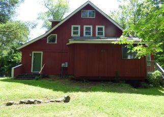 Foreclosed Home in Warwick 10990 PINE ISLAND TPKE - Property ID: 4422823177