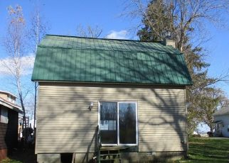 Foreclosed Home in Brewerton 13029 MUSKRAT BAY RD - Property ID: 4422869619