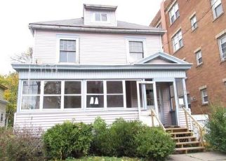 Foreclosed Home in Syracuse 13204 BELLEVUE AVE - Property ID: 4422877498