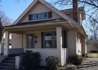 Foreclosed Home in Maumee 43537 W WAYNE ST - Property ID: 4422912536