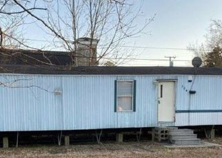 Foreclosed Home in Plymouth 27962 MADISON ST - Property ID: 4423008901