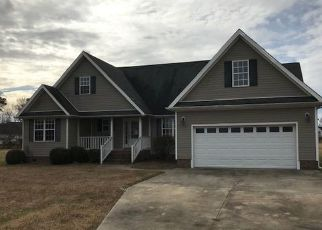 Foreclosed Home in Elizabeth City 27909 SEAGULL DR - Property ID: 4423009777