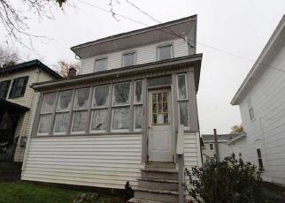 Foreclosed Home in Oswego 13126 W ONEIDA ST - Property ID: 4423041745