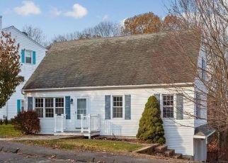 Foreclosed Home in Waterbury 06706 WESTPORT DR - Property ID: 4423103492