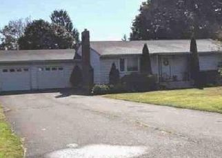 Foreclosed Home in Orange 06477 MAPLEVIEW DR - Property ID: 4423115764