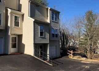 Foreclosed Home in Waterbury 06704 DEERWOOD LN - Property ID: 4423132402