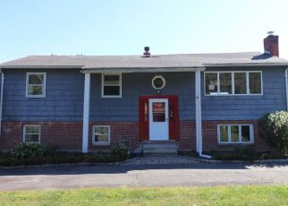 Foreclosed Home in North Haven 06473 HARTFORD TPKE - Property ID: 4423143344