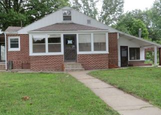 Foreclosed Home in Falls City 68355 E 14TH ST - Property ID: 4423174442