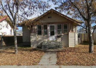 Foreclosed Home in Scottsbluff 69361 7TH AVE - Property ID: 4423175765