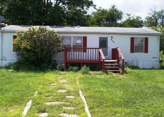 Foreclosed Home in Montgomery City 63361 N ROLLINS ST - Property ID: 4423268163