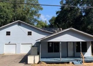 Foreclosed Home in Gulfport 39507 GUINN ST - Property ID: 4423290953