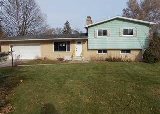Foreclosed Home in Saginaw 48604 LOCUST RD - Property ID: 4423472709