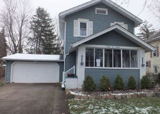 Foreclosed Home in Owosso 48867 N WATER ST - Property ID: 4423491540