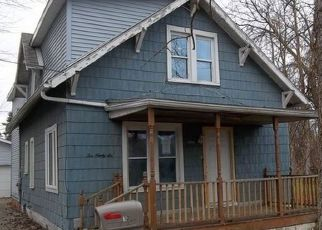 Foreclosed Home in Bay City 48706 MORTON ST - Property ID: 4423506878