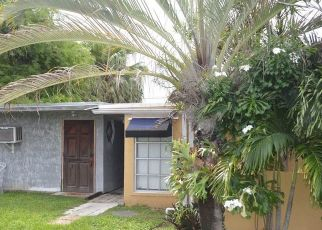 Foreclosed Home in Miami 33177 SW 119TH CT - Property ID: 4423556355