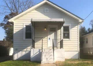 Foreclosed Home in Trenton 08610 LAKESIDE BLVD - Property ID: 4423591844