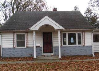 Foreclosed Home in Toledo 43614 GLENDALE AVE - Property ID: 4423663218