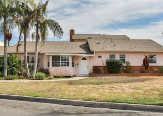 Foreclosed Home in Downey 90240 BIRCHDALE AVE - Property ID: 4423730223