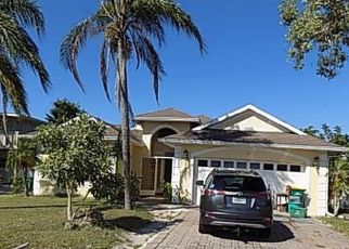 Foreclosed Home in Bonita Springs 34134 1ST ST - Property ID: 4423775342