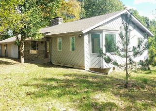 Foreclosed Home in Waddy 40076 HICKORY RIDGE RD - Property ID: 4423820456