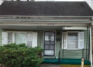 Foreclosed Home in Paris 40361 W 7TH ST - Property ID: 4423849363