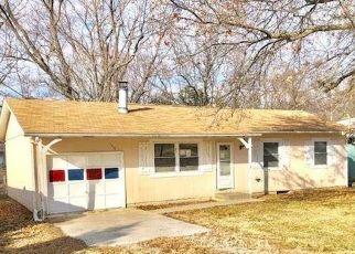 Foreclosed Home in Auburn 66402 N SCHOOL ST - Property ID: 4423907167