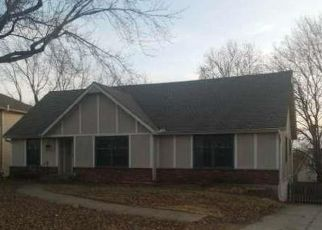 Foreclosed Home in Lenexa 66215 W 102ND ST - Property ID: 4423909814