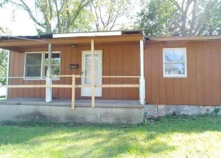 Foreclosed Home in Keokuk 52632 S 17TH ST - Property ID: 4423945723