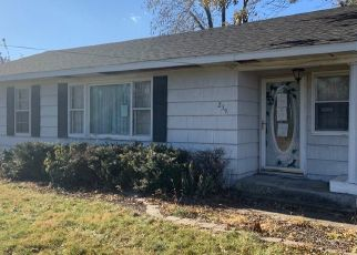 Foreclosed Home in Fremont 52561 S MILES ST - Property ID: 4423969365