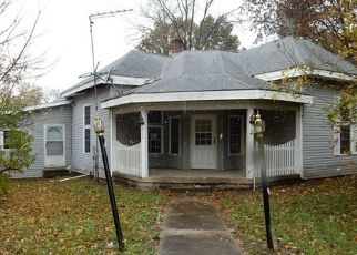 Foreclosed Home in Cloverdale 46120 N GRANT ST - Property ID: 4423976374