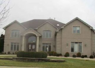 Foreclosed Home in Flossmoor 60422 DUNFRIES ST - Property ID: 4424016219