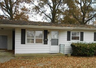 Foreclosed Home in Carlyle 62231 ABBOTT ST - Property ID: 4424019290