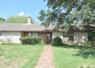 Foreclosed Home in Gonzales 78629 TANGLEWOOD TRL - Property ID: 4424084557