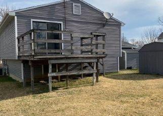 Foreclosed Home in Cincinnati 45238 PLOVER LN - Property ID: 4424094178