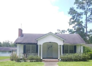 Foreclosed Home in Thomasville 31792 ROSEDALE AVE - Property ID: 4424122214