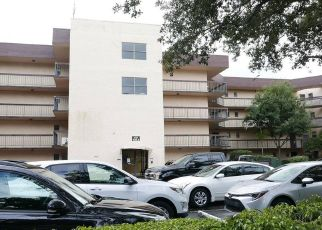 Foreclosed Home in Fort Lauderdale 33317 W BROWARD BLVD - Property ID: 4424142815