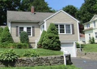 Foreclosed Home in Trumbull 06611 GEORGE ST - Property ID: 4424172590