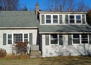 Foreclosed Home in Fairfield 06824 CATAMOUNT RD - Property ID: 4424175209