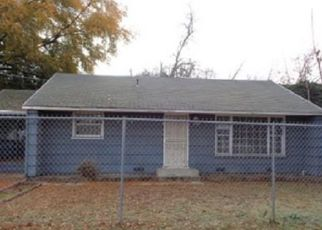 Foreclosed Home in Sacramento 95820 PARKER AVE - Property ID: 4424356534