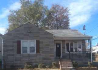Foreclosed Home in Brooklyn 21225 GISCHEL ST - Property ID: 4424391573