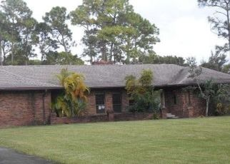 Foreclosed Home in Melbourne 32904 PINE MEADOW AVE - Property ID: 4424400778