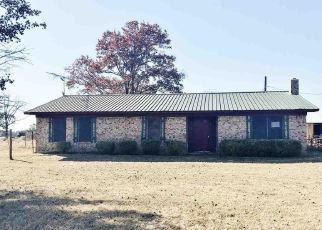 Foreclosed Home in Avery 75554 FM 911 N - Property ID: 4424520338