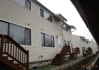 Foreclosed Home in Anchorage 99508 GLACIER ST - Property ID: 4424577720