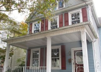 Foreclosed Home in Wilkes Barre 18702 HORTON ST - Property ID: 4424715230