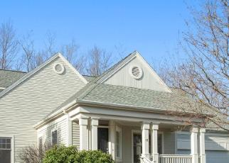 Foreclosed Home in Middlebury 06762 HACKAMORE CIR - Property ID: 4424766931