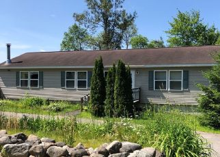 Foreclosed Home in Lake Placid 12946 CUMMINGS RD - Property ID: 4424803712